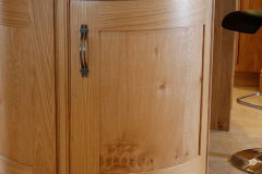 oak-kitchen-curved-oak-modern-living