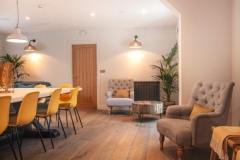 the-fish-hotel-vintage-grey-2021-11-680x1024