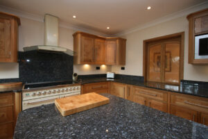 Pippy Oak - Oak Kitchens
