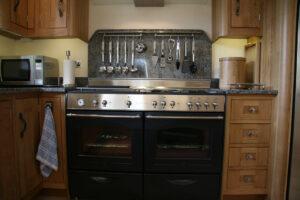 Flat Panel Oak - modern living