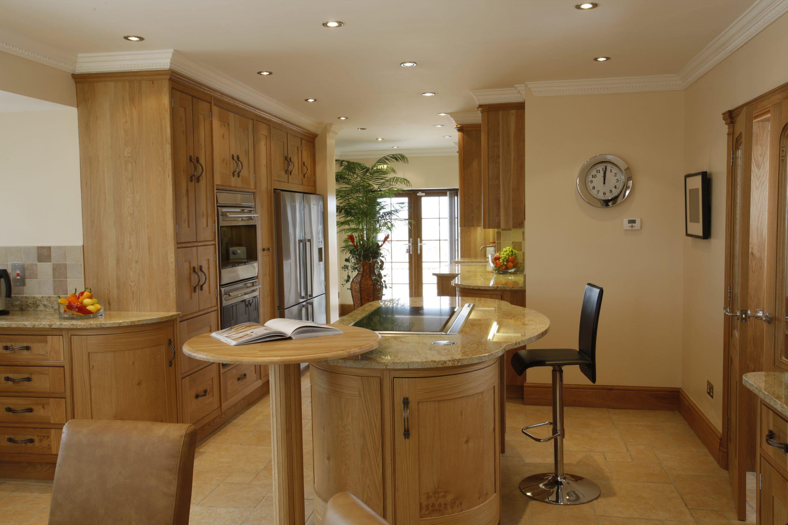 Curved Oak Kitchen