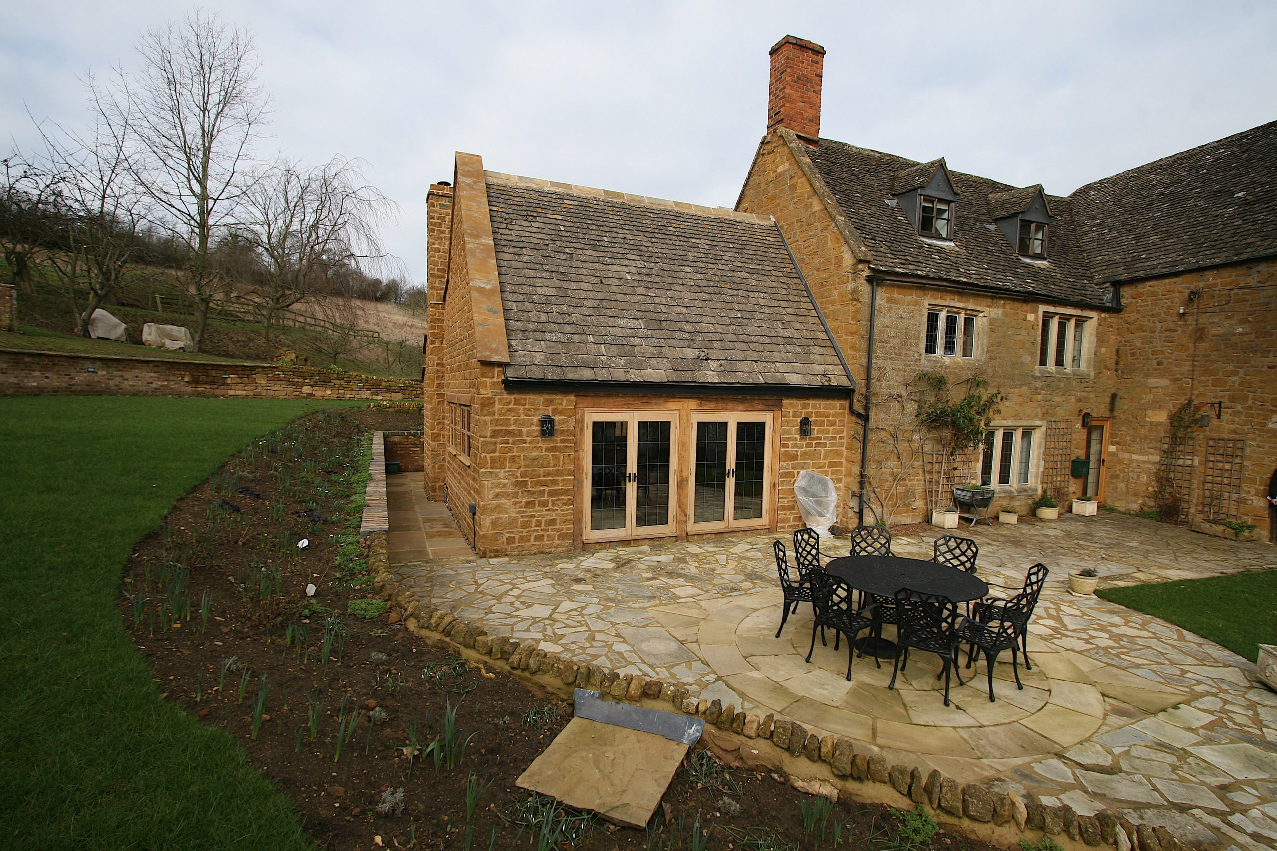 Cotswold Extention